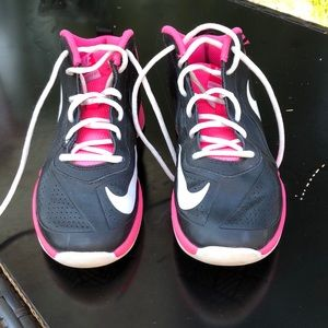 girls basketball sneakers size 4.5